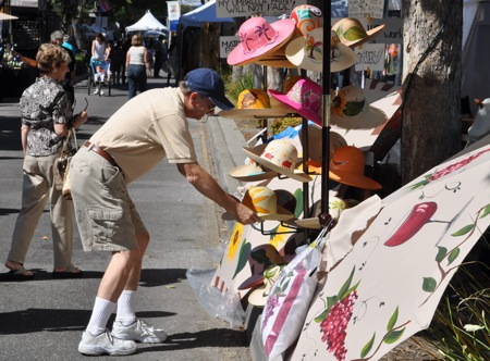 Sunday on Santa Cruz at the Connoisseurs Marketplace