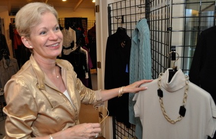 Fall and holiday fashions land in Menlo