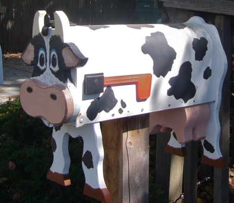 Cow mailbox in Menlo Park