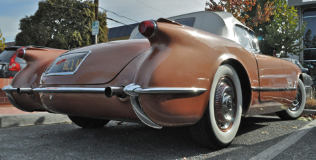 Post image for Spotted: Custom '53 Corvette