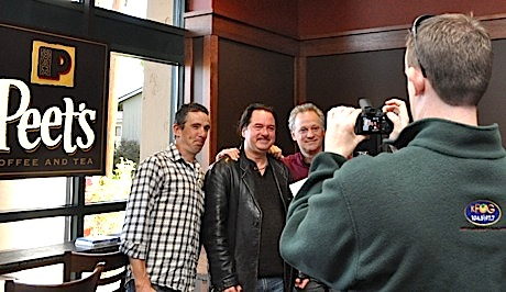 Post image for KFOG DJs kick off holidays at Peet's in Menlo Park