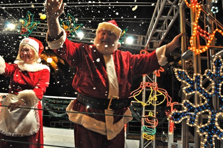 Caltrain Holiday Train stops in Menlo Park on Dec. 2 at 7:45 pm