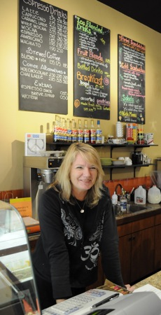 Cafe Zoe – a place to eat, sip, listen and talk