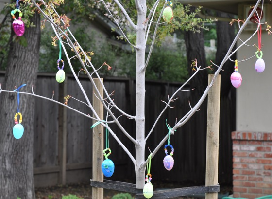 Easter egg tree in Menlo Park