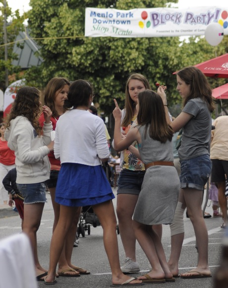 teenage girls at Menlo Park downtown block party