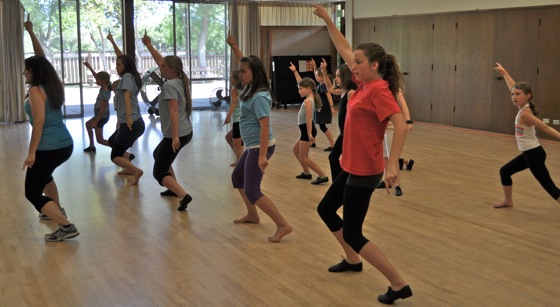 Dance Expressions class at Menlo Park recreation center