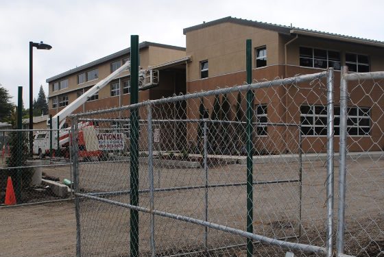 Encinal and Laurel construction in high gear as school start approaches