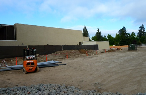 Construction at Hillview School in Menlo Park