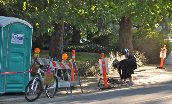 Young cyclists crashes into equipment on the way to Oak Knoll School
