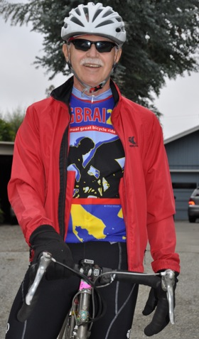 Tom Gibboney, publisher of the Almanac News, sponsor of Tour de Menlo