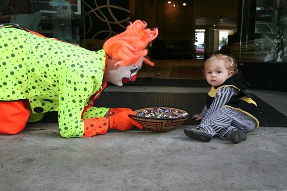 Menlo's Halloween Hoopla delights even the tiniest trick or treater