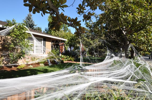 giant Halloween spider webs in Menlo Park, CA