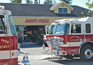Car crashes through Avanti Pizza window