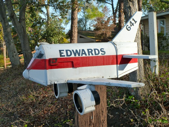 Edwards (air force base?) mail box in Menlo Park