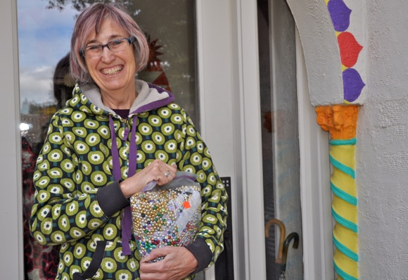 Marilyn, the Bead Lady of Menlo Park