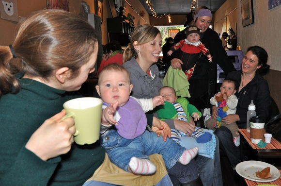Willows neighborhood moms and babies at Cafe Zoe in Menlo Park