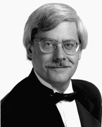 Organist Robert Bates