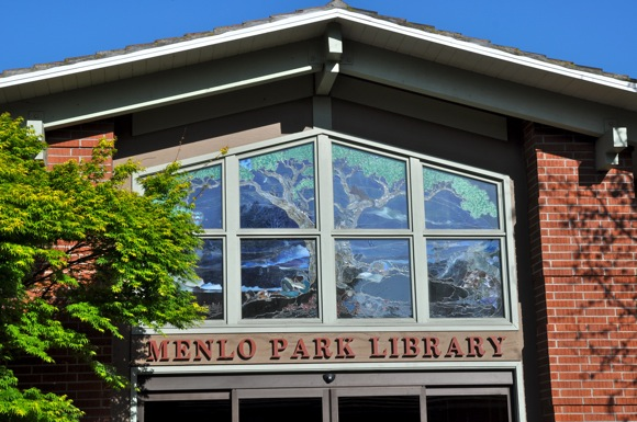 Post image for Friends of Menlo Park Library holds book sale on Saturday and Sunday, Sept 21-22