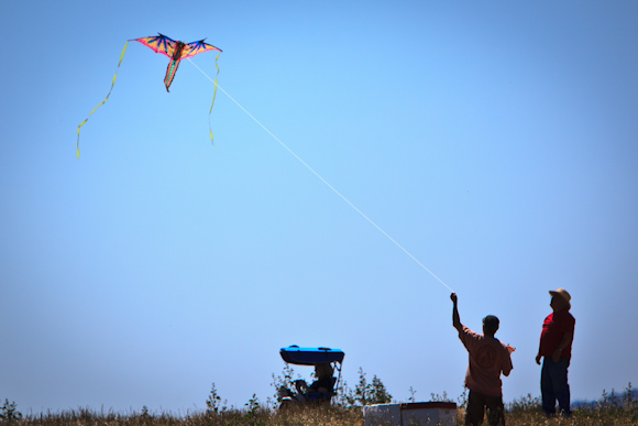 Annual Kite Day in Menlo Park is May 6 at Bedwell Bayfront Park