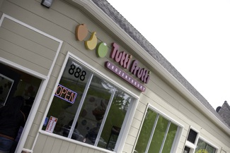 Opening of Tutti Frutti brings familiar face back to the Willows neighborhood