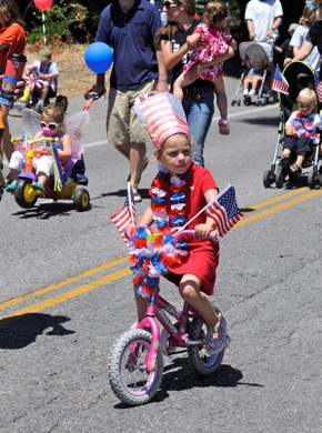 Post image for City of Menlo Park hosts 4th of July parade