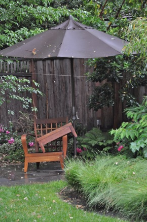 Rain comes to Menlo Park on June 28, 2011