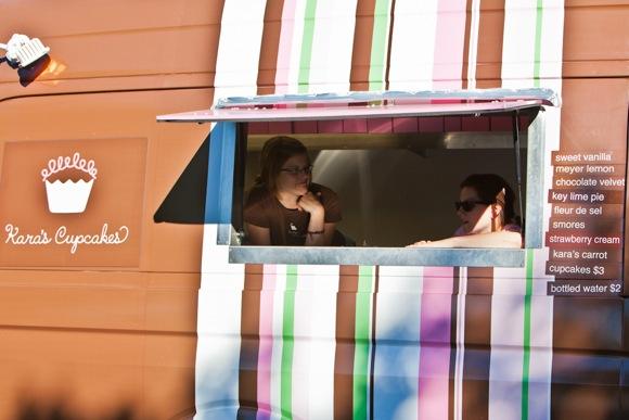 Kara's cupcakes at Menlo Park block party