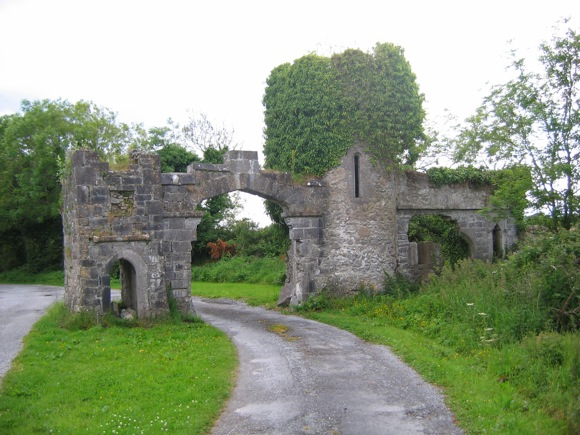 gate to Menlo Castle in Menlough, Ireland