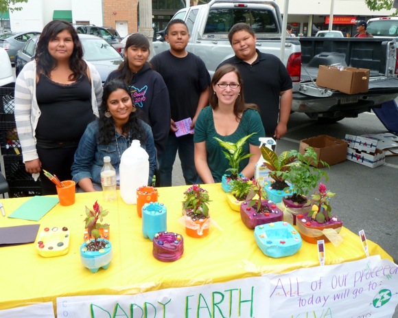 Belle Haven Ventures program participants at Menlo Park farmers' market