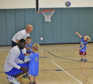Hi Five Bay Area Sports debuts basketball for tots in Menlo Park