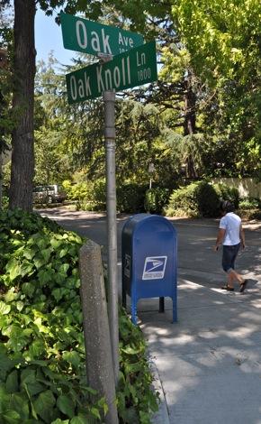 mailbox in Menlo Park
