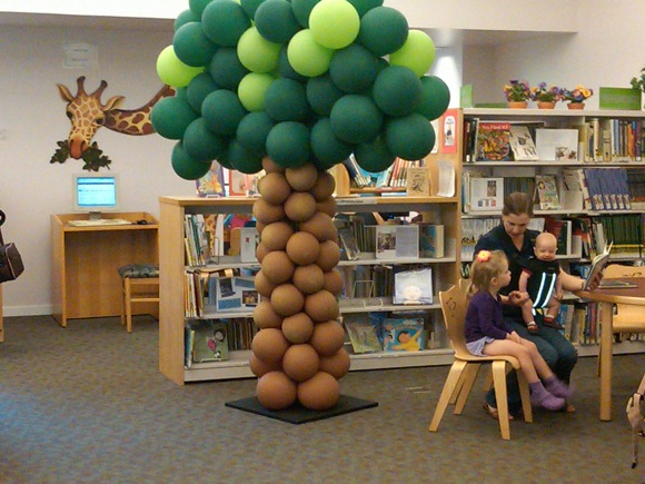 balloon tree at MP Library