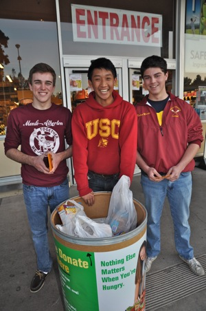 M-A juniors collecting food outside Safeway Menlo Park