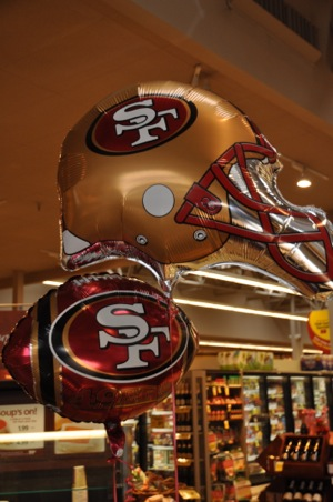 As game time nears, 49er fever grips Menlo Park