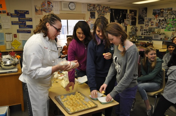Chef Suzy with Hillview School 7th graders