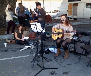 Melodies for Charities performing at Menlo Park Farmers' Market