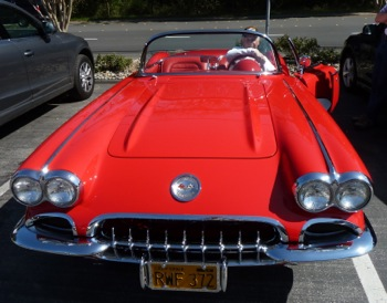 Spotted: Candy apple red 1959 Corvette