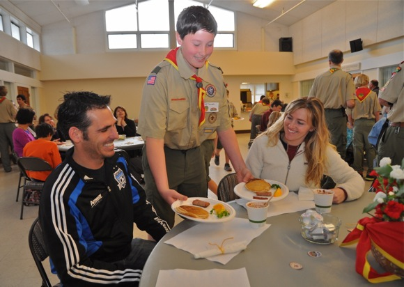 Post image for It's pancake breakfast time in Menlo Park thanks to Boy Scout Troop 206