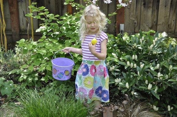 backyard Easter egg hunt in Menlo Park