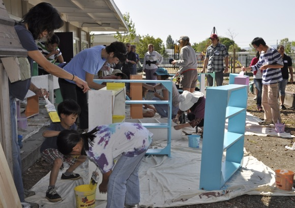 Project Read-Menlo Park Families for Literacy participate in Compassion Weekend