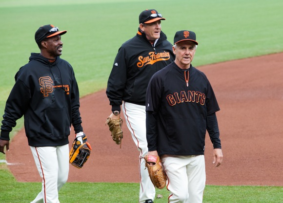Shawon Dunston, Dave Righetti, John Yandle coming off the field after Giants batting practice