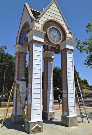 Menlo Park clock tower gets ready to celebrate its 25th anniversary