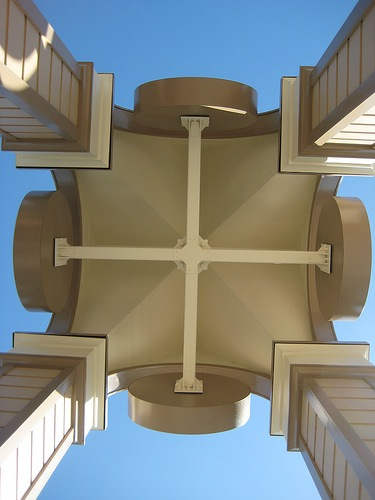 Menlo Park celebrates clock tower's 25th birthday