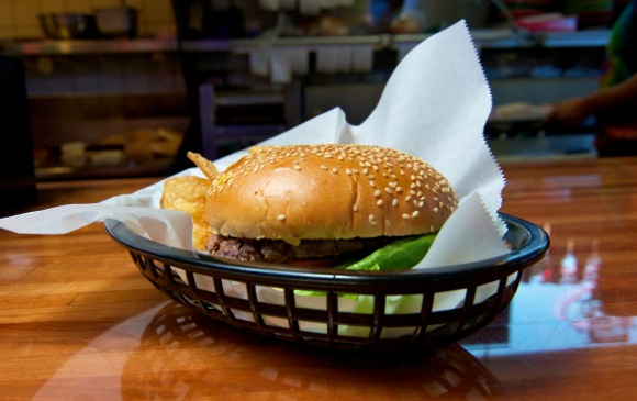 Burgers in Menlo Park: The Dutch Goose