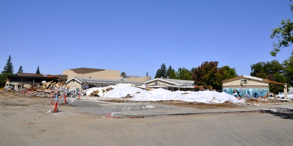 demolition of Hillview Middle School in Menlo Park