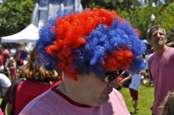 red and blue wig spotted at Menlo Park 4th of July