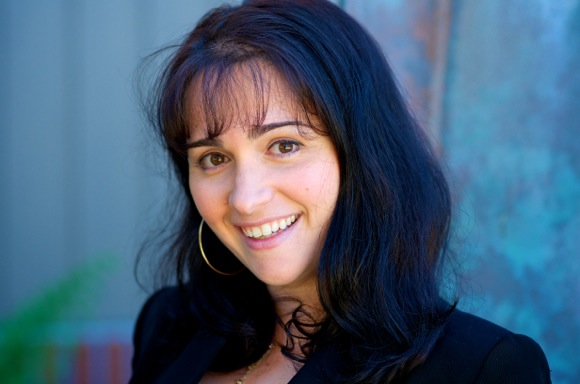 Gina Latermilo offers private voice lessons to Menlo Park residents