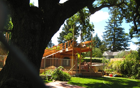 renovation of Santa Cruz Avenue house