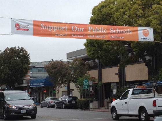"""New banner asks community: """"Are You In"""" for Menlo Park's public schools?"""