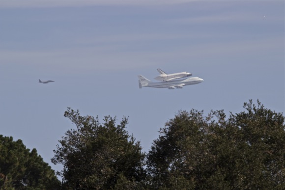 Post image for Spotted: Space Shuttle Endeavour over M-A
